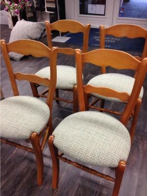 zittingen op stoelen klaar